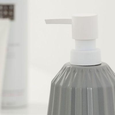 Dozownik do mydła 362500212 Sealskin Arte
